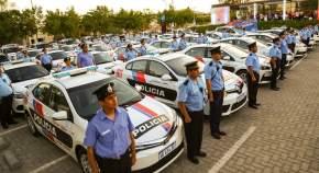 Entregaron 15 patrulleros Toyota Corolla 1.8; 15 patrulleros Renault Fluence, 10 camionetas Chevrolet  S10 turbo diesel, doble cabina