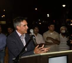 El intendente Aranda en la inauguración de la iluminación LED de Av. San Martín