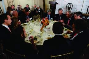 Macri compartió un almuerzo con líderes empresarios en el Council of America