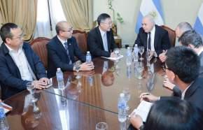 Visita de diplomático y delegación comercial china en San Juan