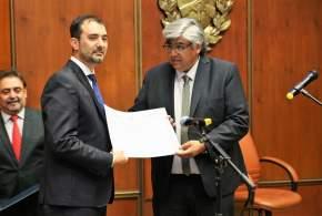 El vicepresidente segundo de la Cámara de Diputados, legislador César Aguilar, tomó juramento a Juan Pablo Santiago Gioja, diputado proporcional