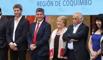 Uñac con Bachelet