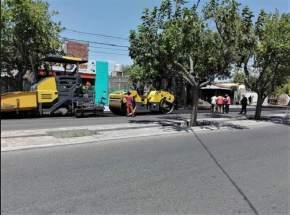 El intendente Aranda visitó obras de repavimentación en Av. José I. de la Roza